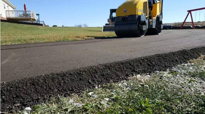 Driveway Asphalt Paving Contractors