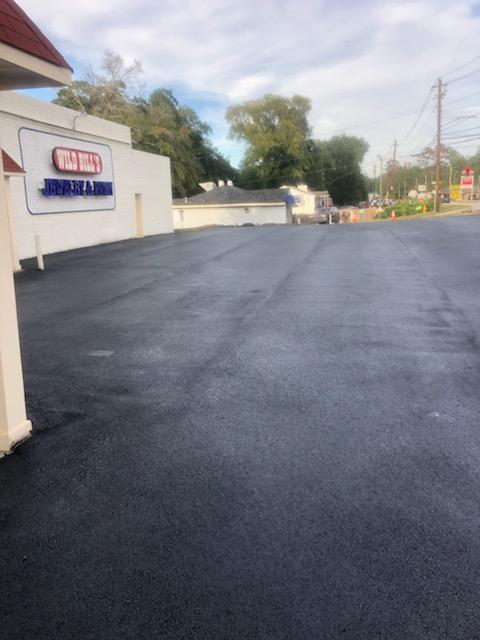 Commercial Parking Lot Asphalt Paving